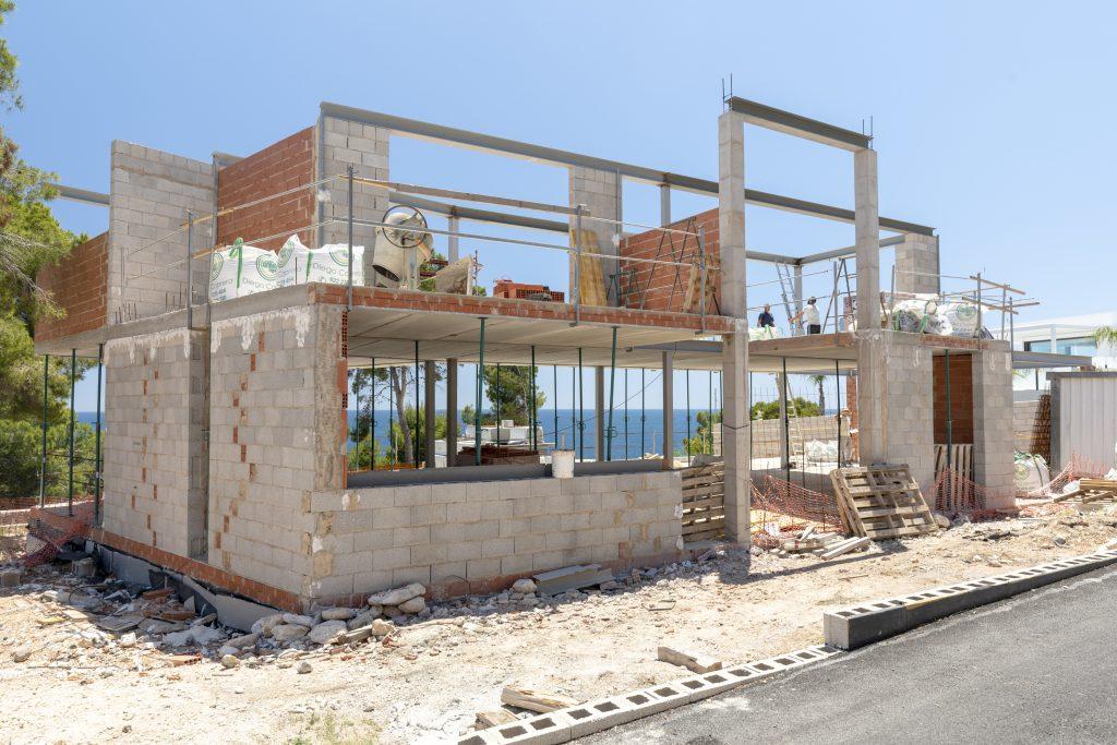 Imagen de la entrada de la villa actual